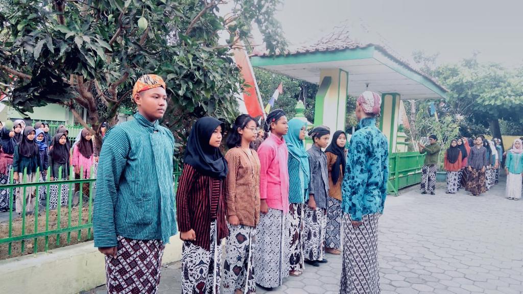 Hari Jadi Kulon Progo ke-68, Sekolah Gelar Upacara Kemataraman