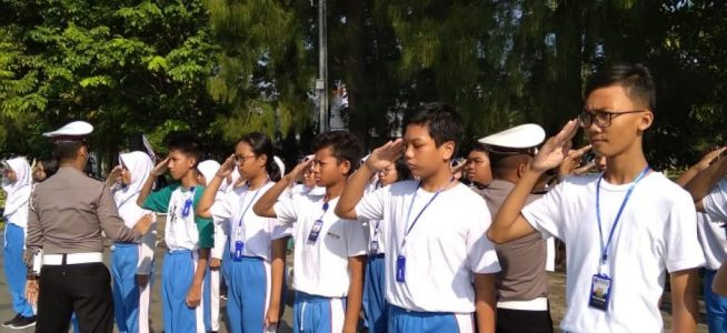 Usai Dilantik, Pengurus OSIS SMP Negeri 1 Wates 2019 Ikuti Bimtek LDK